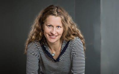 """Dienstag 02.04.2019 – Valija Zinck liest aus """"Drachenerwachen"""""""